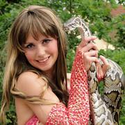 Schlangenshow  Linda Stöter
